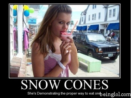 How to Properly Eat a Snow Cone