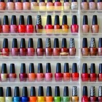 How many nail polishes are there?